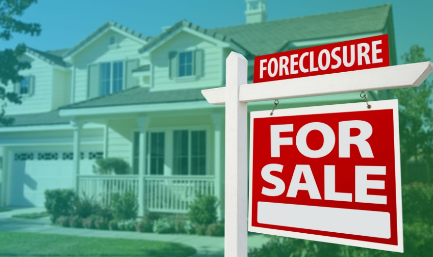 Pros and Cons of Buying Foreclosure Properties